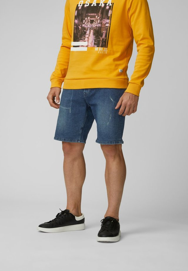 JEANSSHORTS REGULAR FIT - Jeans Shorts - medium blue denim