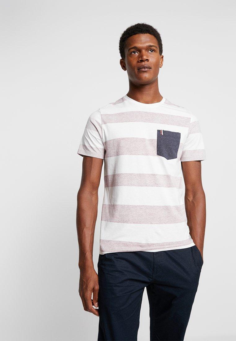 Produkt - PKTGMS SPLIT STRIPE TEE POCKET - Print T-shirt - wistful mauve