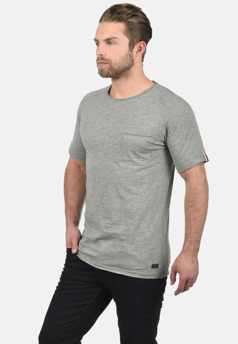 Produkt - XORA - Basic T-shirt - medium grey