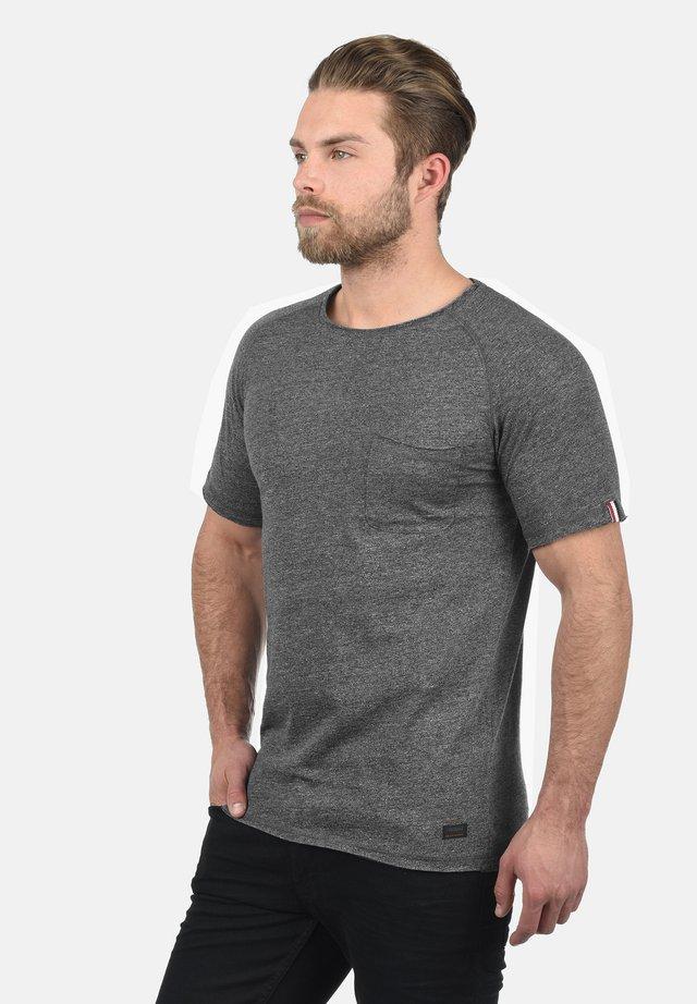 XORA - Basic T-shirt - black