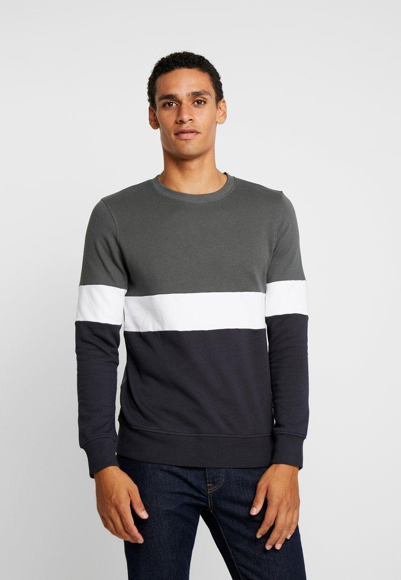 Produkt - PKTVIY JAMES CREW NECK - Sweatshirt - urban chic