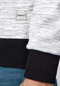 Produkt - Felpa aperta - white melange - 4