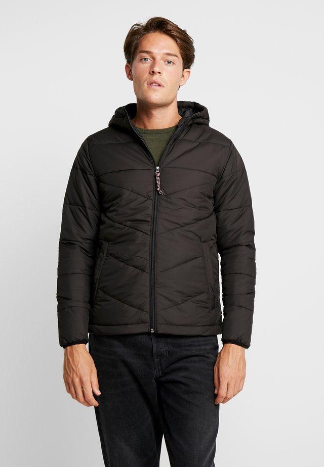 PKTAKM FORUM - Winter jacket - black