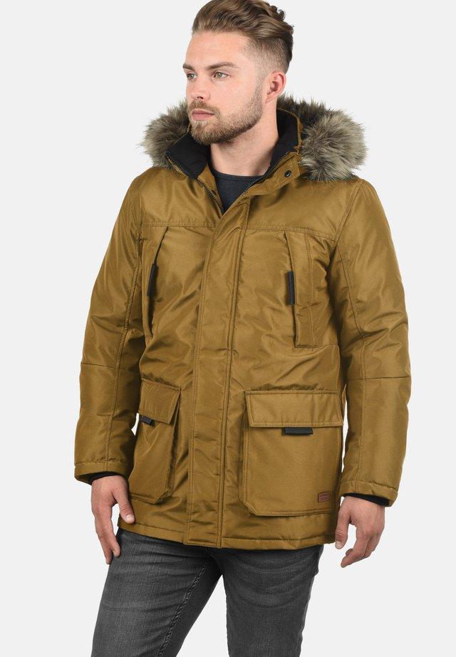 PARKIN - Winter jacket - golden bro