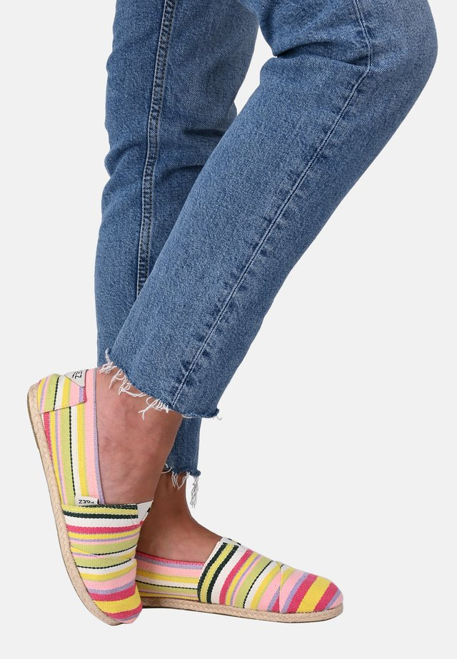 CLASSIC YELLOW STRIPES MULTICOLOR 035 - Espadrilles - yellow