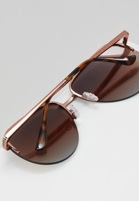 QUAY AUSTRALIA - QUAYXJLO THE PLAYA - Solbriller - bronze-coloured - 4