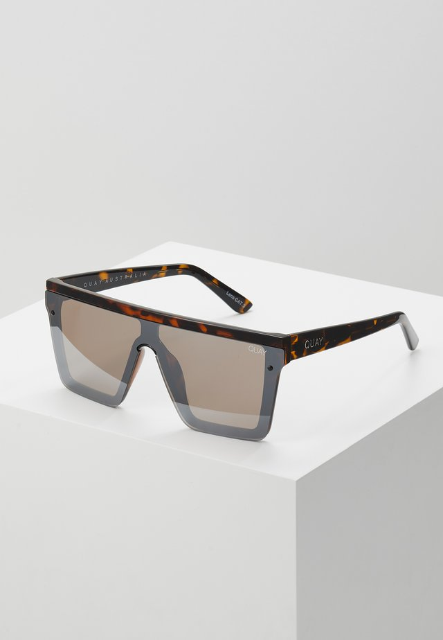 HINDSIGHT - Lunettes de soleil - mottled brown/brown