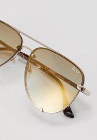 QUAY AUSTRALIA - HIGH KEY MINI RIMLESS - Zonnebril - gold-coloured/brown - 3