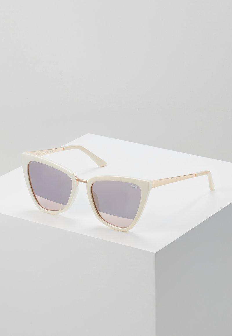 QUAY AUSTRALIA - REINA - Lunettes de soleil - rose