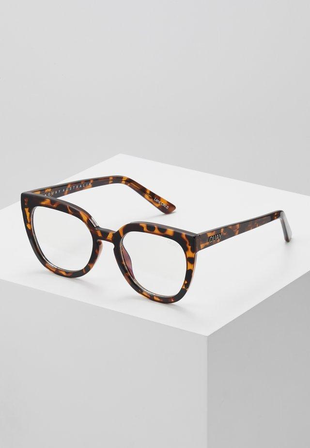 NOOSA BLUE LIGHT - Solglasögon - mottled brown/transparent