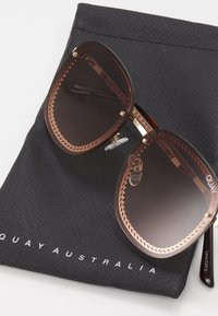 QUAY AUSTRALIA - JEZABELL CHAIN - Zonnebril - gold-coloured/brown/pink - 3