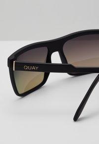 QUAY AUSTRALIA - LET IT RUN - Sunglasses - matte black/navy - 2