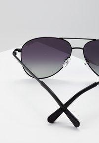 QUAY AUSTRALIA - STILL STANDING - Sluneční brýle - black/smoke - 2