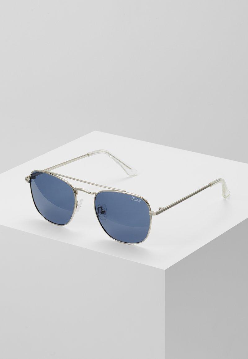QUAY AUSTRALIA - HELIOS - Sluneční brýle - silver-coloured/navy