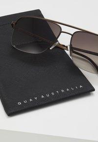 QUAY AUSTRALIA - POSTER BOY RIMLESS - Zonnebril - bronze-coloured/brown - 3