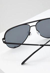 QUAY AUSTRALIA - Sonnenbrille - high key - 4