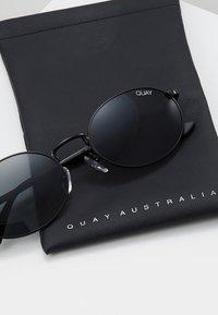QUAY AUSTRALIA - AUTOPILOT - Sonnenbrille - black - 2