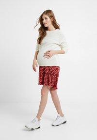 Queen Mum - DRESS 3/4 KNEE - Kjole - spiced coral - 1