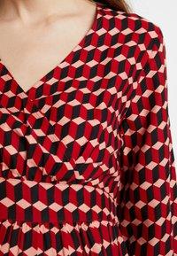 Queen Mum - DRESS 3/4 - Denní šaty - formula one - 6