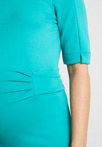 Queen Mum - DRESS MUNICH - Jerseyklänning - teal blue - 6