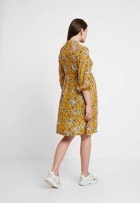 Queen Mum - SEATLE DRESS - Sukienka koszulowa - sunflower - 3