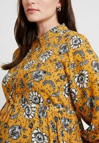 Queen Mum - SEATLE DRESS - Sukienka koszulowa - sunflower - 6