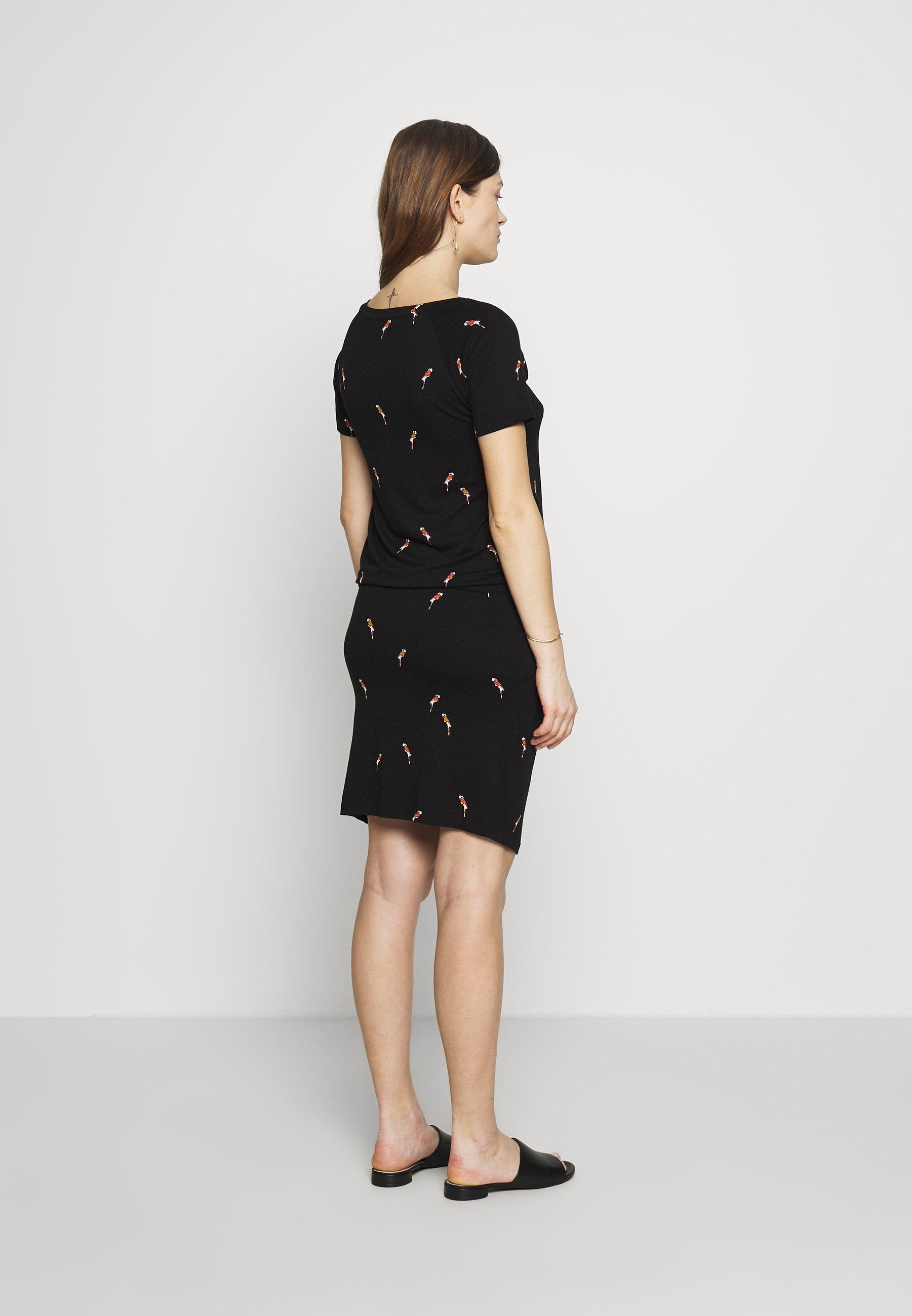 Queen Mum Atlanta - Maxi Dress Black