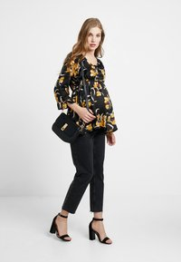 Queen Mum - BLOUSE 3/4 - Camicetta - black - 1