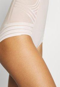 Marks & Spencer London - GEO STRAPLESS - Body - almond - 5