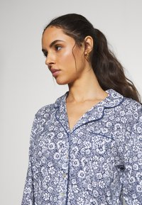 Marks & Spencer London - HANGING FLORAL SET - Pyjamas - blue mix - 3
