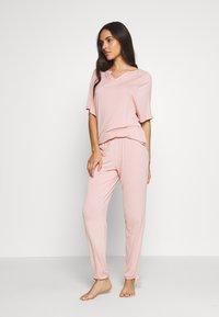 Marks & Spencer London - HANGING SET - Pyjama set - pink - 0