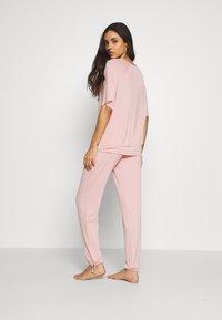 Marks & Spencer London - HANGING SET - Pyjama set - pink - 2