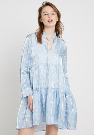 TIERED STAR MIDI DRESS - Cocktailjurk - light blue/offwhite