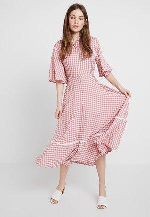 AVENUE AFFAIR DRESS - Maxi-jurk - rose