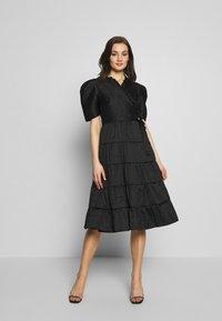 Sister Jane - BACCARA ROSE WRAP DRESS - Korte jurk - black - 0