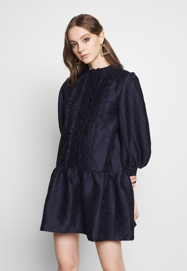 PEONY SMOCK DRESS - Cocktailkleid/festliches Kleid - navy blue