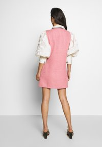 Sister Jane - FAME WALK DRESS - Cocktailjurk - pink - 2