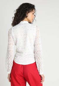 Sister Jane - ON YOUR RADAR BLOUSE - Skjorta - white - 2