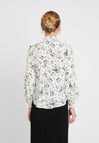 Sister Jane - NOTES BOW BLOUSE - Blouse - ivory - 2