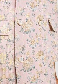 Sister Jane - ROSE GARDEN OVERSIZED - Krátký kabát - pink - 5