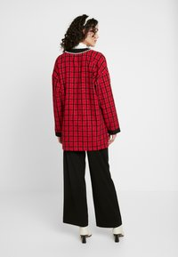 Sister Jane - CHECK LONGLINE CARDIGAN - Cardigan - red - 2