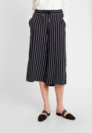 Pantalon classique - ninja black