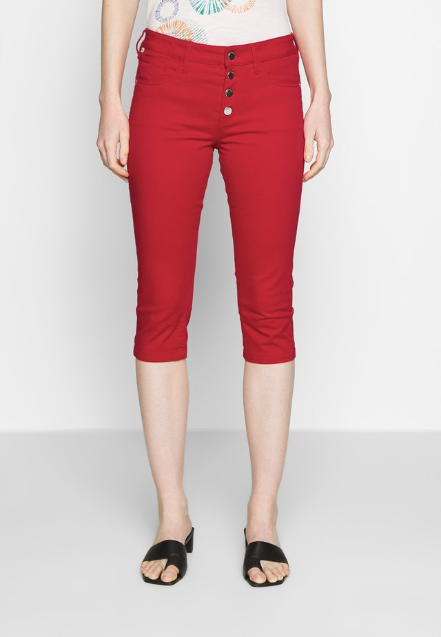 Jeans Shorts - fire red