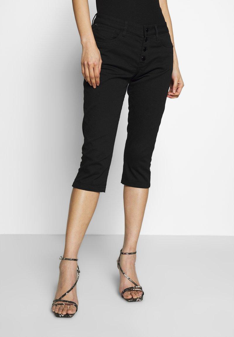 Q/S designed by - Jeans Short / cowboy shorts - black