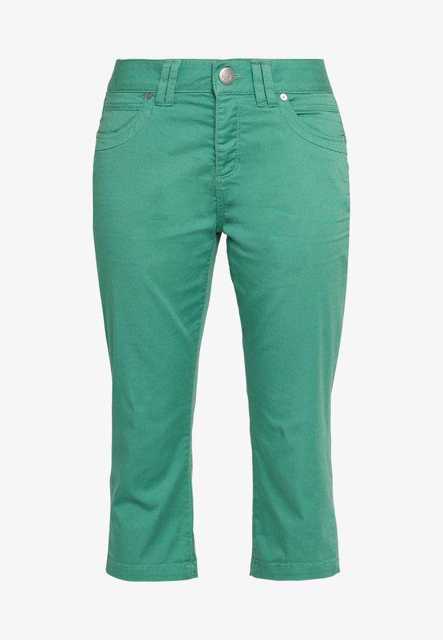 Shortsit - sea green