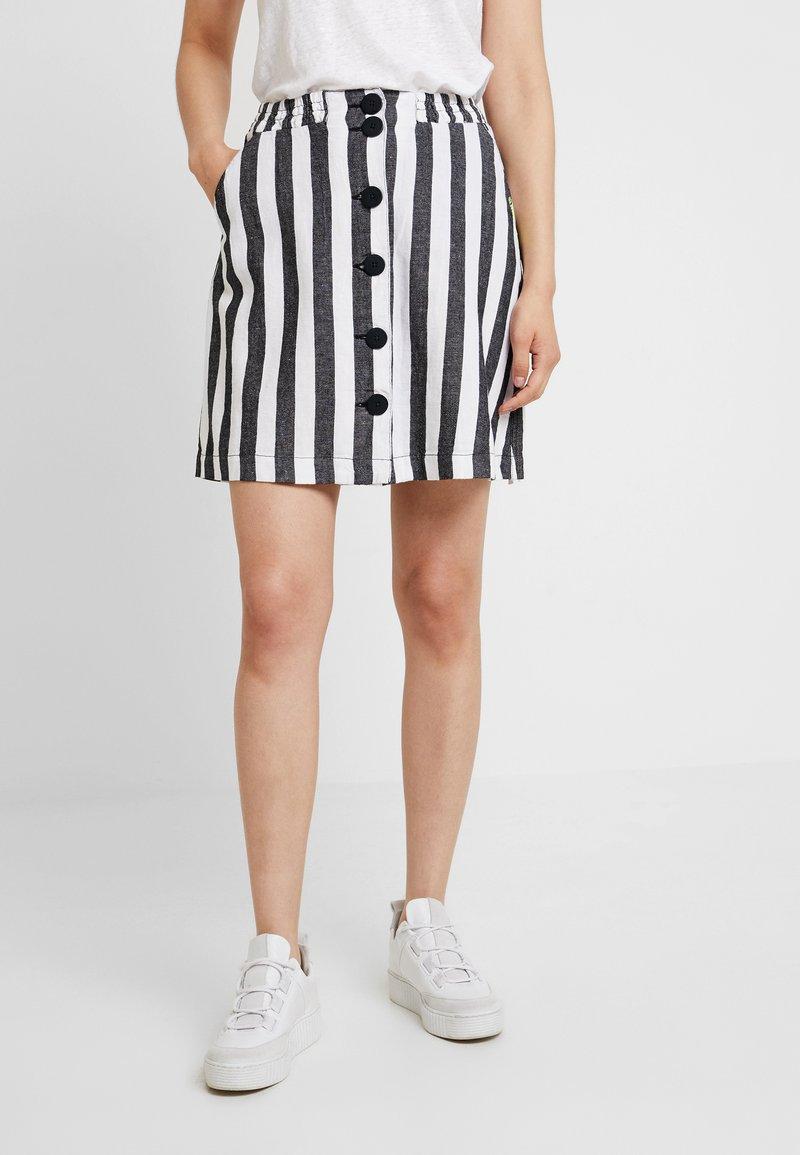 Q/S designed by - KURZ - Mini skirt - black