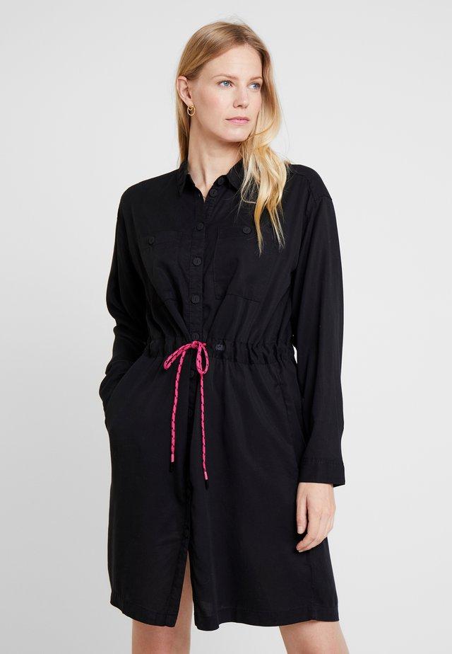 KURZ - Sukienka koszulowa - black