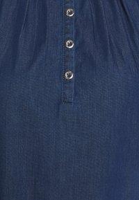 Q/S designed by - KURZ - Sukienka jeansowa - blue denim - 2
