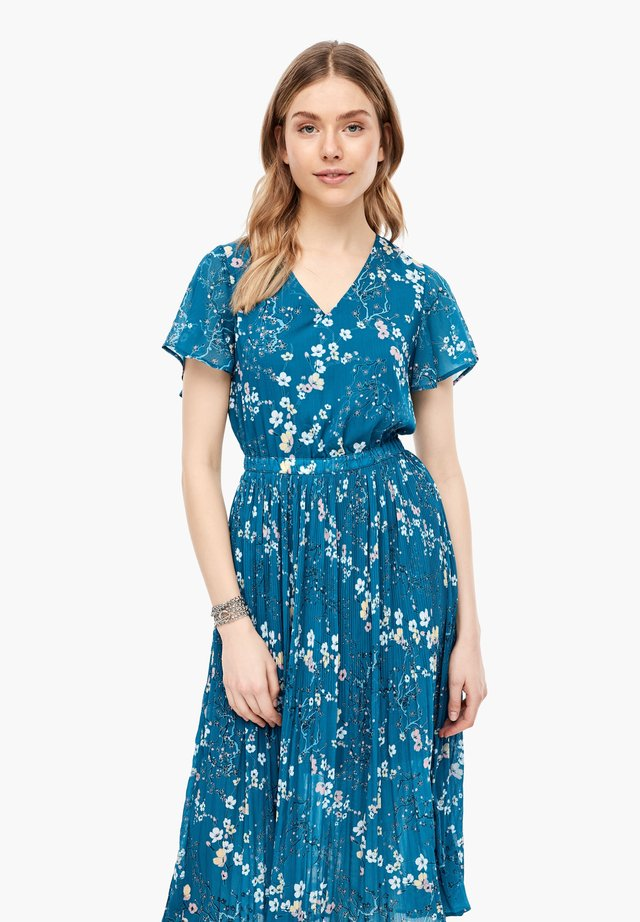 MIT FLORALEM PRINT - Day dress - petrol aop