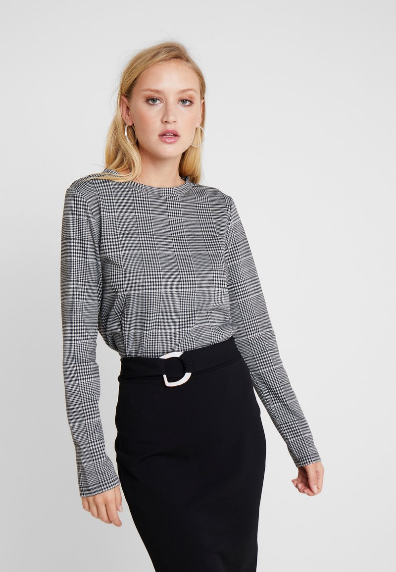 Q/S designed by - Long sleeved top - black